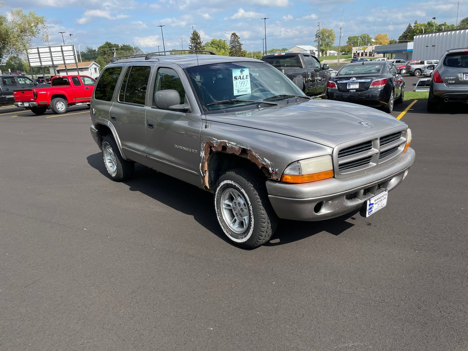 Used 1999 Dodge Durango SLT with VIN 1B4HS28Y8XF685629 for sale in Fergus Falls, Minnesota