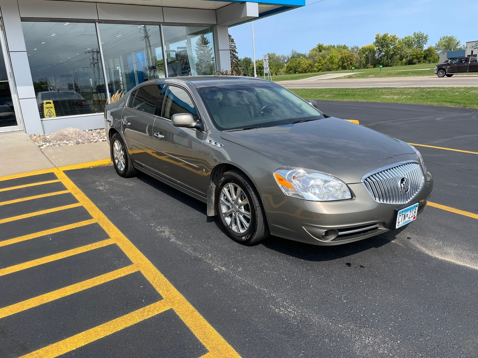 Used 2010 Buick Lucerne CXL with VIN 1G4HE5EM0AU104538 for sale in Fergus Falls, Minnesota