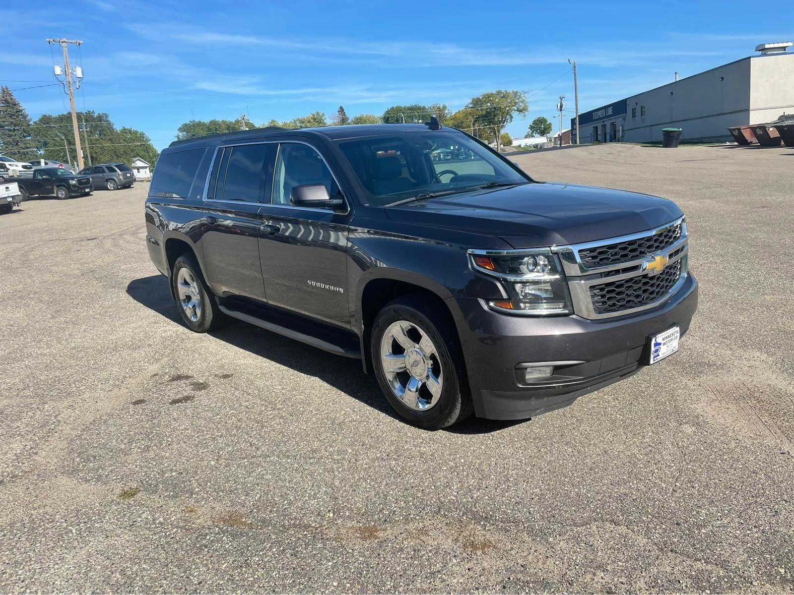 Used 2016 Chevrolet Suburban LT with VIN 1GNSKHKC5GR136081 for sale in Fergus Falls, Minnesota